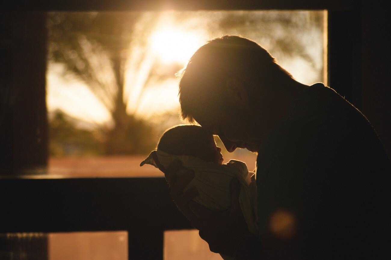 Dieťatko a otec